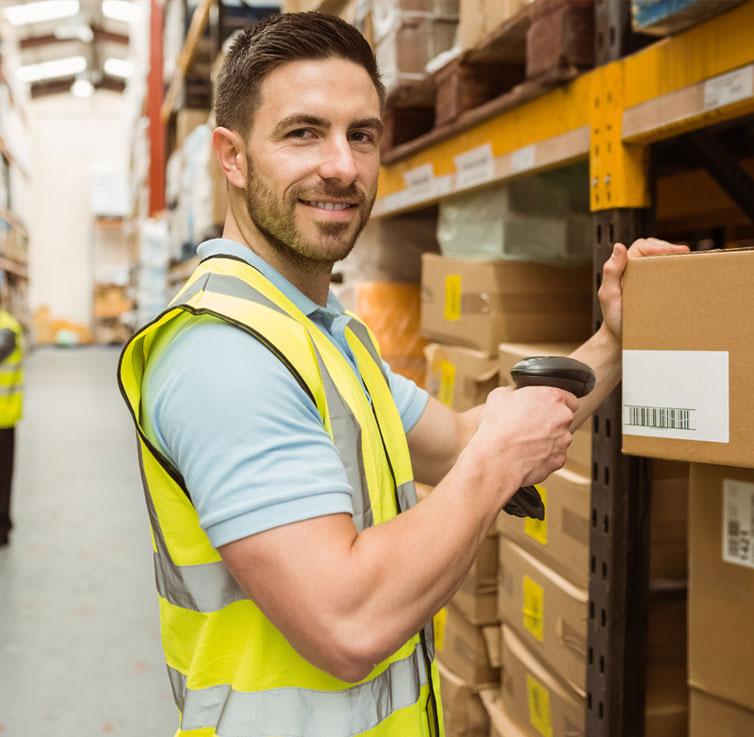 Come riuscire a gestire il magazzino al meglio? L'arduo lavoro del responsabile della logistica 1