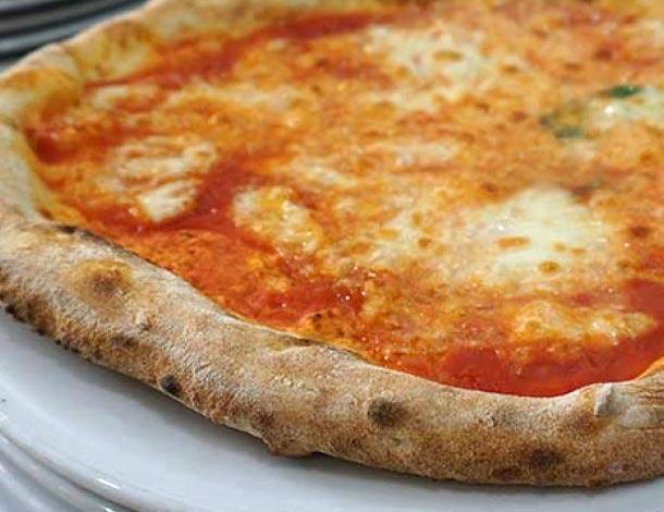 Come distinguere se una pizzeria ci sta servendo una buona pizza