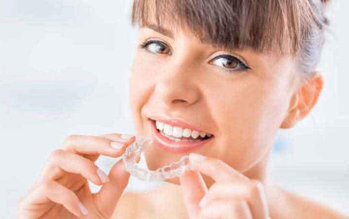 ortodonzia-invisibile-invisalign