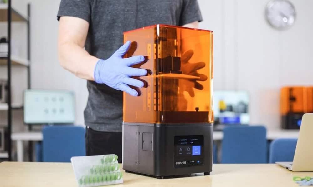 Funzionalità di una stampante 3d a resina liquida 5
