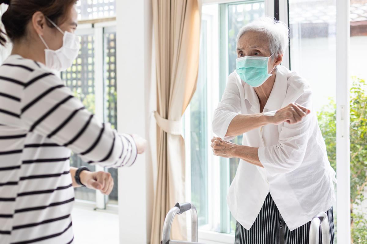 Come proteggere gli anziani dalla quarta ondata di Coronavirus? 1