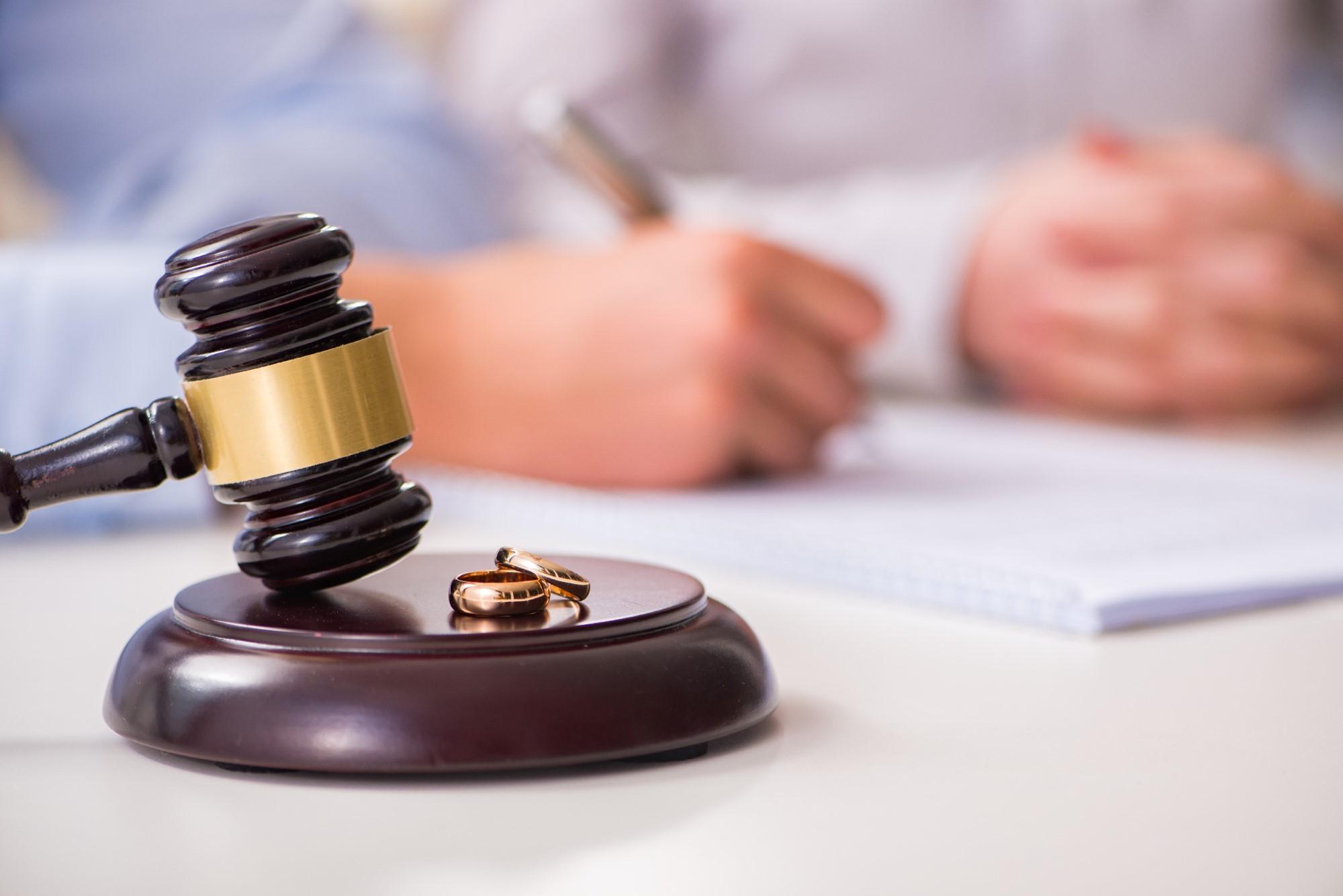 Comunione dei beni: cosa accade in caso di separazione legale dei coniugi 1