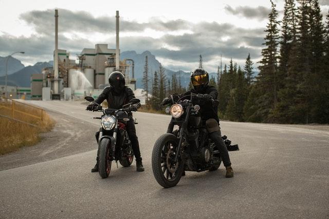 quale tuta per la moto scegliere